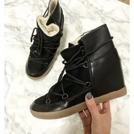 Černé boty s kožíškem ISABEL M.