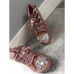 Semišové tenisky s kamínky model Miu Miu- růžové