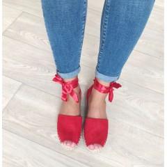 Sandálky se stuhou Lana červené