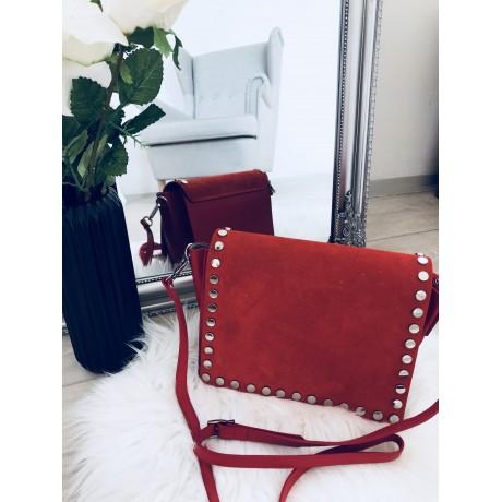 červená broušená kabelka se cvoky - LUIS