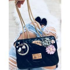 Mini kabelka Luisa černá hladká s broží N5