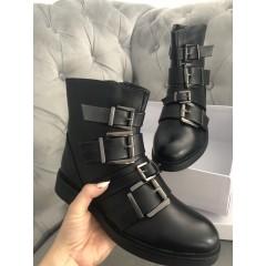 Černé kotníkové boty Versa elegance