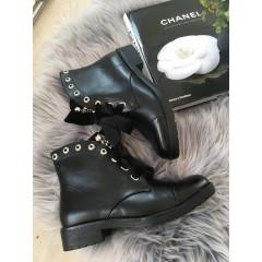 Černé kotníkové boty Dolce - koženkové