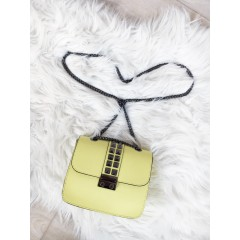 Žlutá Valentinka s černým zapínáním
