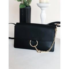 Černá kabelka Faye celokožená - MIDI