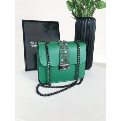 Zelená Valentinka s černým zapínáním