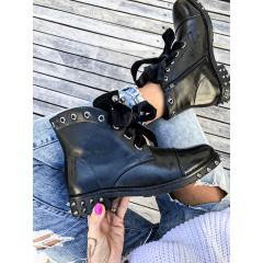 Černé kotníkové boty Dolce - STUD