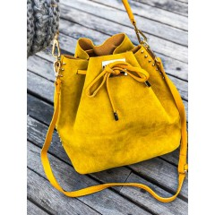 """Žlutá broušená kabelka """"The Bucket"""""""