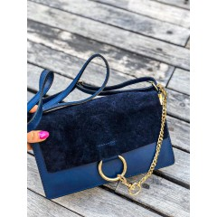 Tmavě modrá kabelka Faye - MIDI