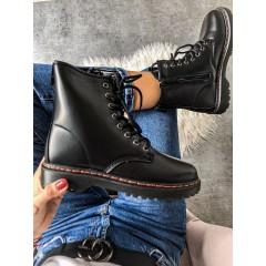 Černé kotníkové boty Martens basic