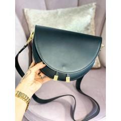 Černá kabelka se zlatými doplňky D.or