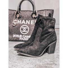 Semišové kotníkové boty Marilyn