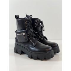 Kotníkové boty s kapsičkou
