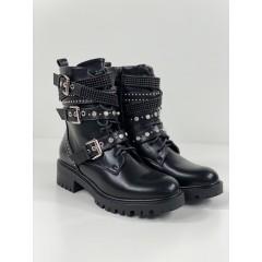 Černé kotníkové boty Diamond